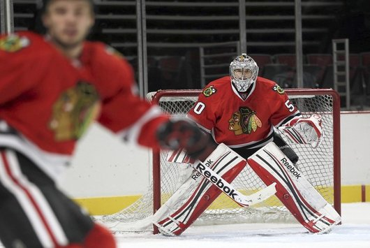 Blackhawks goalie Corey Crawford is out day-to-day  (Chicago Tribune Photo)