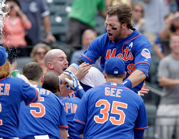 Kirk Nieuwenhuis walks off with three-run blast off of Carlos Marmol (Jason Szenes - Getty Images)