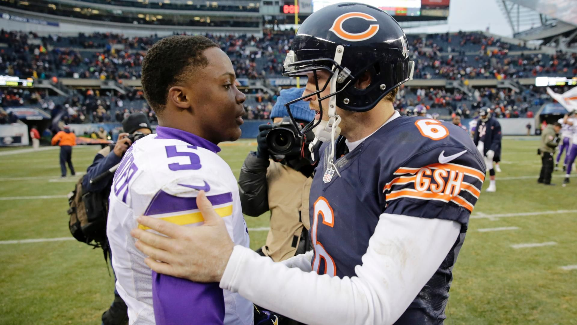 Here's how you can watch the Bears and Vikings NFL week eight game.