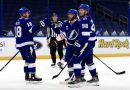 Lightning Trounce Blackhawks 5-1 in Ugly Season Opener